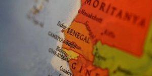 Senegal Hükümetinden Başörtüsünü Yasaklayan Fransız Okuluna Kapatma Uyarısı