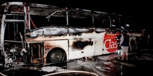 Yine Yolcu Otobüsü Seyir Halindeyken Alev Aldı