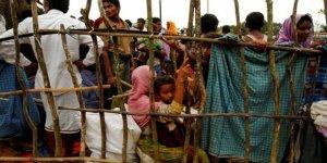 '600 Bin Arakanlı Müslüman Soykırım Tehdidi Altında'