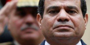 Mısır'daki Protestolar Sisi'nin Karizmasına Atılan Güçlü Bir Çizik