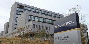 Europol'den Aşırı Sağcı Şiddet Uyarısı