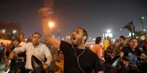 Belirsizlikler ile Beklentiler Sarkacında Mısır'daki Gösteriler