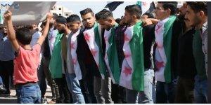 İdlib Üniversitesi Öğrencileri Esed Rejimini Protesto Etti