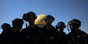Filistin'den Mescid-i Aksa'nın Kapılarını Kapatan Siyonist İsrail'e Tepki