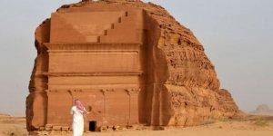 Suudi Arabistan Kapılarını Yabancı Turistlere Açıyor