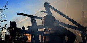 Midilli'de Mülteci Kampında Yangın: 2 Ölü