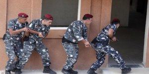 Lübnan Esed'e Karşı Savaşmış Sığınmacıları Tutukluyor!