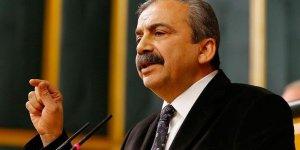 Sırrı Süreyya Önder'in Başvurusunu Değerlendiren AYM İhlal Kararı Verdi