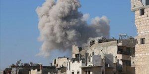 Katil Esed İdlib'de Sağlık Merkezini Vurdu!