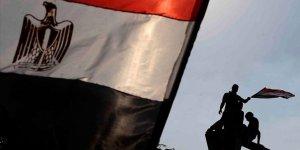 Mısır'da 1070 Öğretmen İhvandan Oldukları İddiasıyla İşten Çıkarıldı