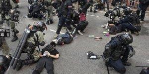 Hong Kong'daki Protestolarda Gözaltına Alınanların Üçte Biri Çocuk