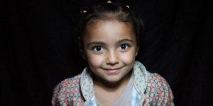 Esed, İran ve Rus Katillerin Yetim Bıraktığı Kız Çocuklar