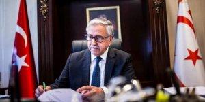 'Kıbrıslı Soydaşlar' Türk Irkçılarını Ofsayta Düşürdü!