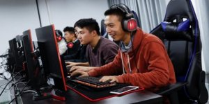 Çin'de Gençlerin Video İzlemesine Sınır Getiriliyor