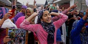 Cammu Keşmir'de Gösteri Yapan Kadınlar Gözaltına Alındı