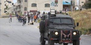 İşgal Güçleri 12 Yaşındaki Filistinli Çocuğu Gözaltına Aldı