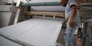 Filistin'de Palmiye Atığından Kağıt Mendil Üretiliyor