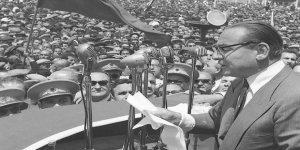 Kendi Dizayn Ettiği Medya ve Siyaset İle Yalnızlaştırıldığını Fark Edemedi: Adnan Menderes