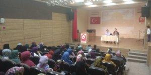 Bartın Özgür-Der'de ''Tarih Boyunca Müslümanların Şam Kudüs Mücadelesi'' Konuşuldu