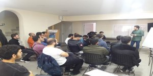 Ankara Özgür-Der'de Üniversiteli Gençlere Yönelik Faaliyetler Başladı