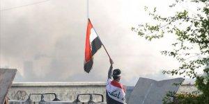 Gösterilerin Sürdüğü Irak'ta 4 Milletvekili İstifa Etti