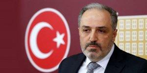 AK Parti, Hukuk ve Adalete Vurgu Yapan Mustafa Yeneroğlu'na da Kapıyı Gösterdi
