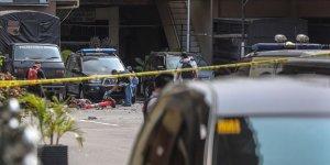 Endonezya'da Polis Merkezine Bombalı Saldırı Düzenlendi