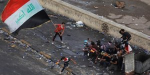 """Iraklı Bakan Gösterilerdeki Ölümlerden """"Üçüncü Tarafları"""" Sorumlu Tuttu"""