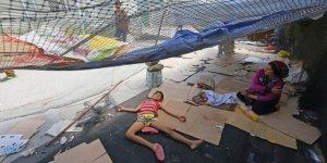 Yunanistan'daki Mülteci Kampında Bir Bebek Öldü