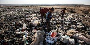 İdlib'in Ekmeklerini Çöpten Çıkaran Çocukları