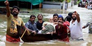 Hindistan'daki Muson Yağmurlarında 4 Ayda Yaklaşık 2 Bin 400 Kişi Öldü