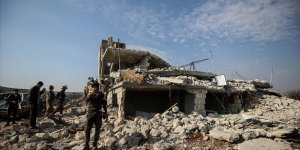 Rusya İdlib'de 5 Sivili Katletti