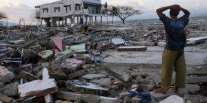 Endonezya'daki Doğal Afetlerde 11 Ayda 462 Kişi Öldü