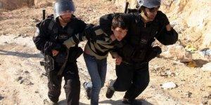 Siyonist İsrail 559 Filistinliye Yurt Dışına Çıkış Yasağı Getirdi