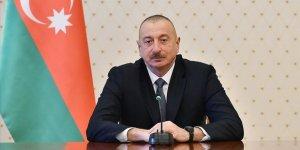 Azerbaycan'da Aliyev Parlamentoyu Feshetti