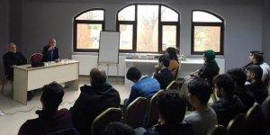 Selahaddin Eş ve Hamza Türkmen Sakarya'da Gençlerle Buluştu