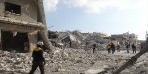 Rusya ve Esed Rejimi İdlib Halkını Hava Saldırıları ile Katlediyor