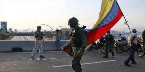 BM: 4,7 Milyon Venezuelalı Ülkesini Terk Etti