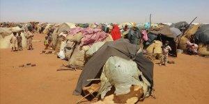 Sudan'ınDarfurBölgesindeki Çatışmalar Nedeniyle 5 Bin Kişi Çad'a Sığındı