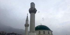 Marmara Adası'nda Minarenin Külahı Fırtına Nedeniyle Yıkıldı