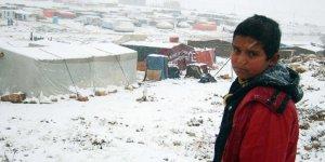 Yedi Milyon Mülteci Çocuk Dondurucu Soğuklarla Mücadele Ediyor