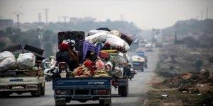 İdlib'de 27 Bin Sivil Daha Yerinden Edildi