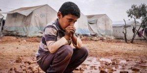 """İdlib'in Mazlum Bebeklerini """"Eli Kanlı Terörist"""" Gösteren Hastalık"""
