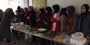 Diyarbakırlı Gençlerden Suriyeliler Yararına Kermes