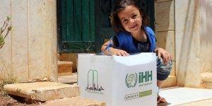 İHH, Geçen Yıl Suriye'de 700 Bin Kişiye Yardım Ulaştırdı