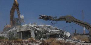 İsrail, Filistinlilerin Evlerini Yıkmaya Devam Ediyor