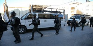 İşgal Güçleri Batı Şeria'da 5 Beldenin Giriş-Çıkış Yollarını Kapattı