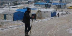 Esed'den Kaçan İdlib'deki Siviller, Dondurucu Karın Pençesine Düştü