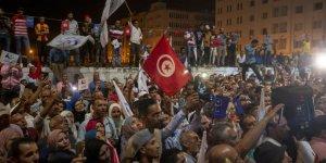 Tunus'taki El-Fahfah Hükümeti ve Nahda'nın Değişen Tutumu