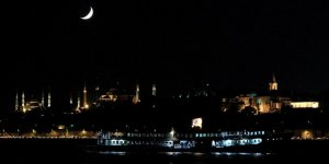 İstanbul'da Gece Vapur Seferleri Başlıyor
